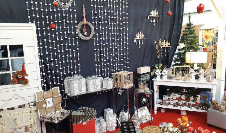 décoration de noel sapin luminaire guirlandes